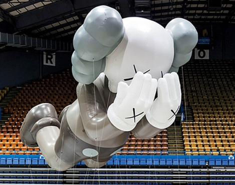 My Hell Of A Life – KAWS x Macy's Thanksgiving 2012